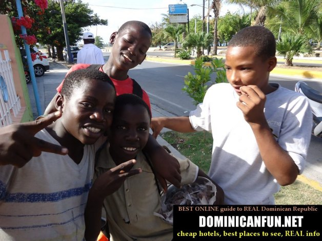 kids - shoe claners in Dominican Republic