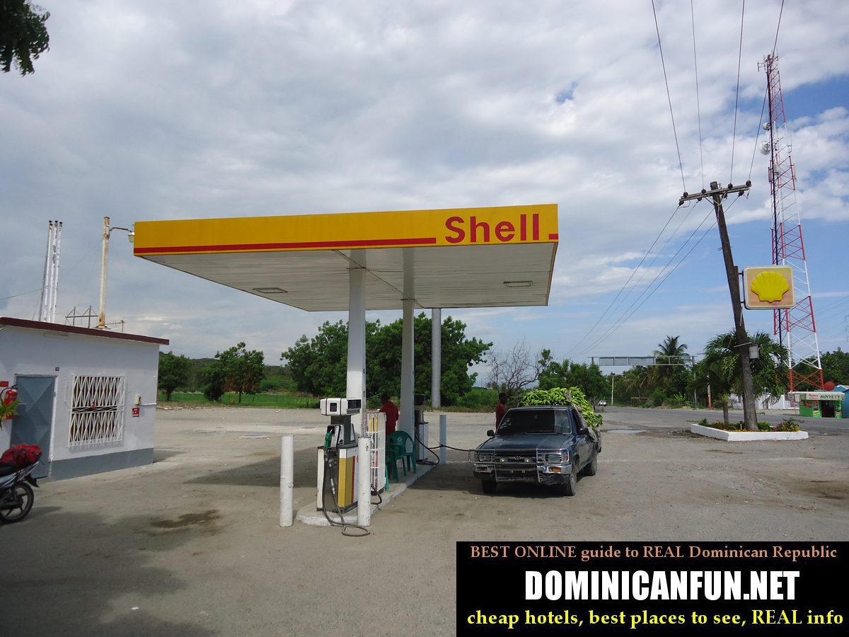 dominican shell station
