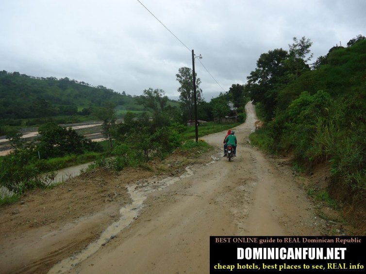 road from san jose de ocoa to piedra blanca